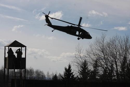 Armáda kúpuje americké vrtuľníky.