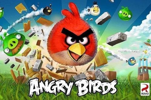 Hra Angry Birds je