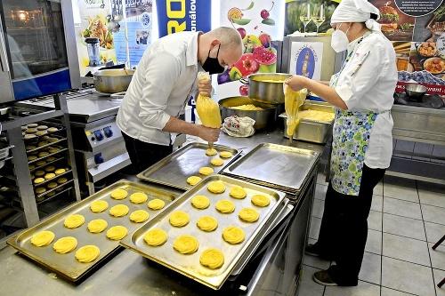 Spotrebovali sto kíl masla