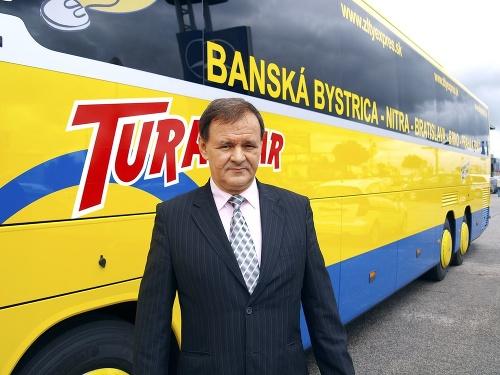 Populárne autobusy pozná celé