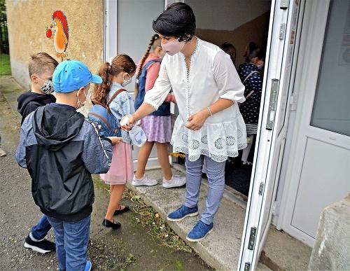 Deťom pred vstupom do