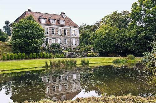 Chateau v Condésur-Noireau, Normandia,