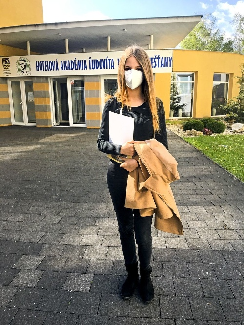 Alexandra (15), Vrbové