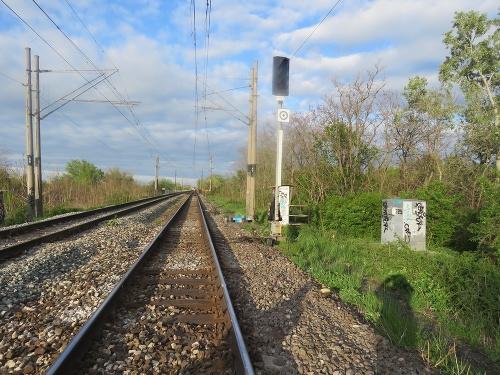 Muža zrazil vlak, zraneniam