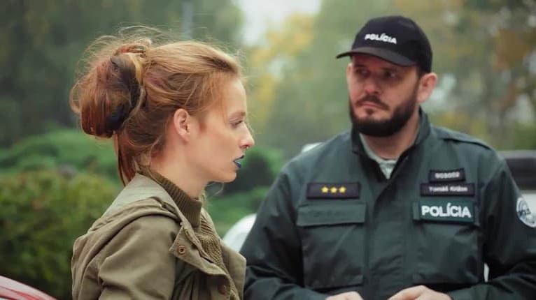 Takto si nový život nepredstavovala: Seriálová Lea sa ocitla v rukách polície!