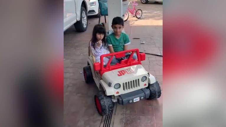 Chlapec sa snažil vyparkovať ako dospelák: Výsledok jeho snahy vás rozosmeje