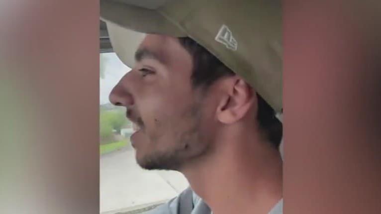 Takmer chytili infarkt! Video nečakaného hosťa v aute vzbudilo rôzne reakcie: Hrôza aj pobavenie