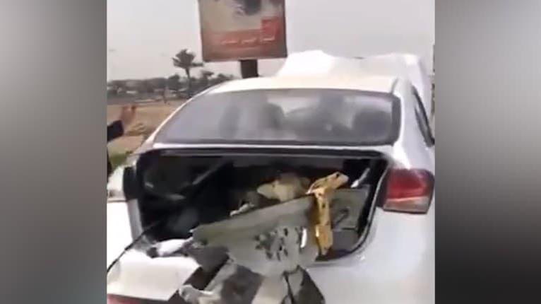 Vodič tohto auta sa druhýkrát narodil: Zvodidlá prerazili auto po celej dĺžke