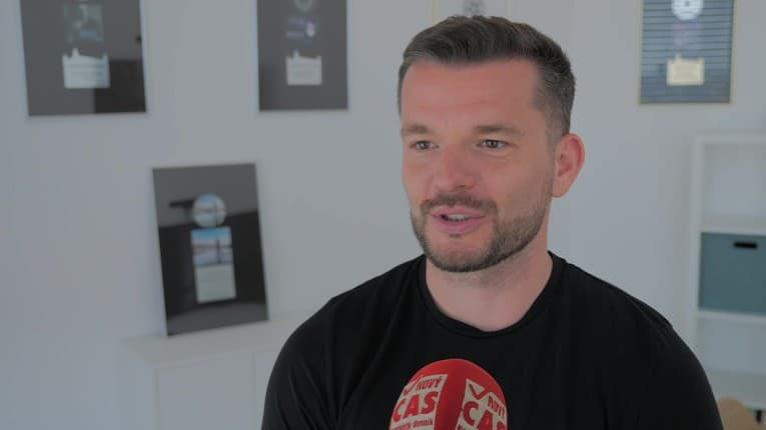 Spevák Štefan Štec spojil sily s Peter Bič Project: Oprášili legendárny hit, to musíte počuť!