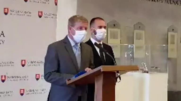 Minister Lengvarský zasiahol! Pravda o povinnom očkovaní proti covidu na Slovensku