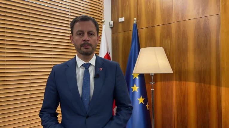 Premiér Heger o referende: Som rád, že sa táto otázka vyriešila