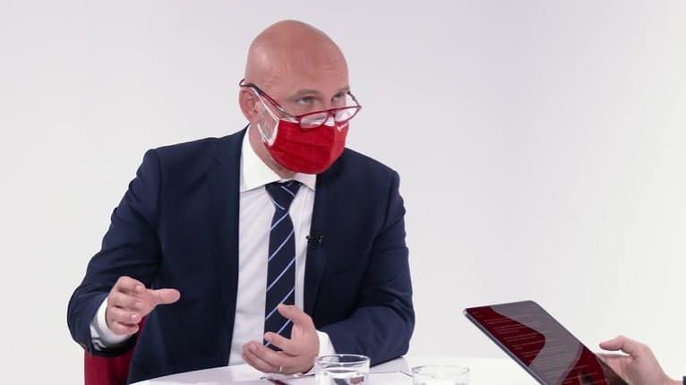 Minister Gröhling zatváranie škôl na jeseň nepripúšťa: Budeme to riešiť úplne inak!