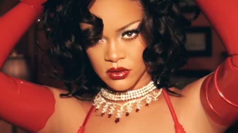 Odvážna Rihanna v novej kolekcii: Odpadnete, keď ju uvidíte! Takáto sexi ešte nebola
