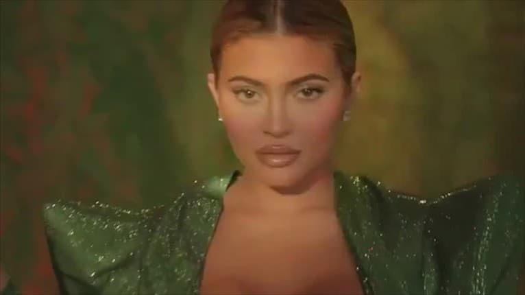 Vyrysovaná Kylie Jenner udivuje: Za taký bicák by sa nemusel hanbiť ani chlap
