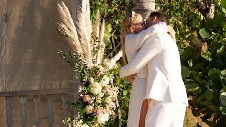Romantika ako z rozprávky: Paris Hilton je štvrtýkrát zasnúbená