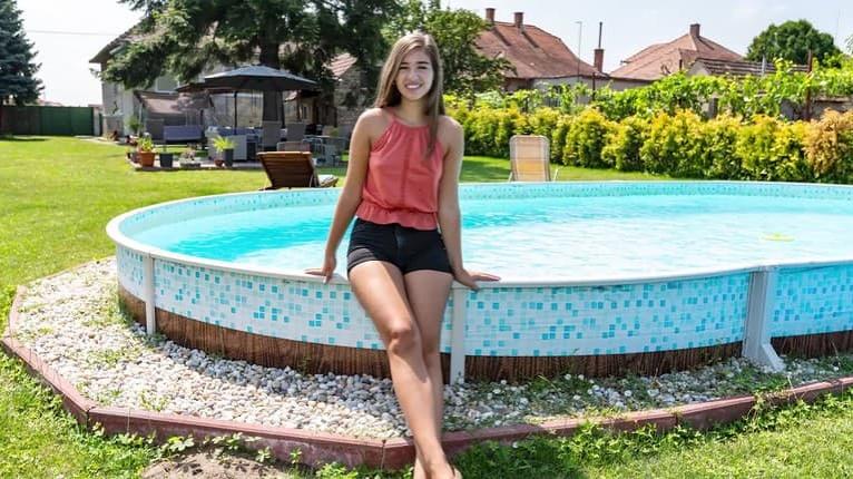Detská hviezda Kubánková si užíva leto vo víkendovom domčeku: Pozrite, ako to u nich vyzerá