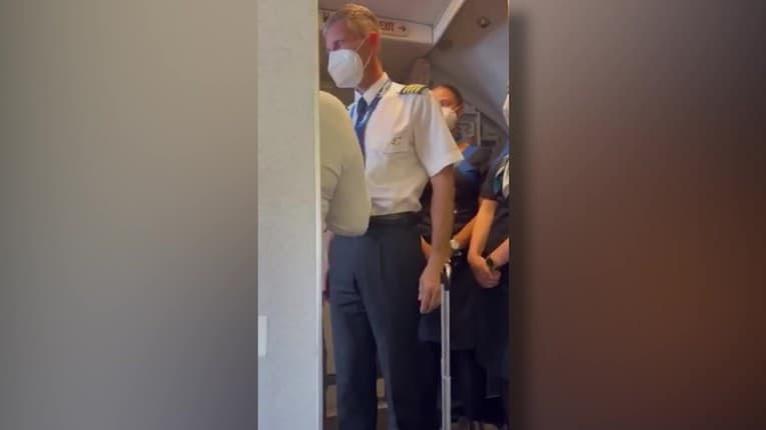 Dráma v lietadle plnom dovolenkárov z Turecka do Košíc: Slovenka si odmietla nasadiť rúško? Rozzúrení ľudia a rázny krok posádky!