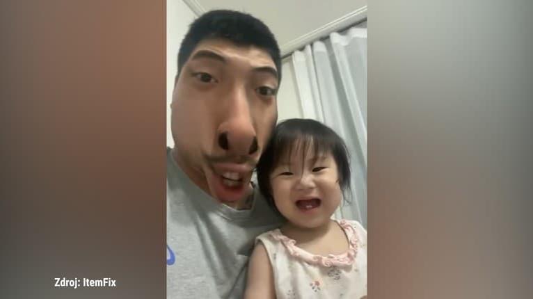 Nie je zábava ako zábava: Otec chcel dievčatko rozosmiať, vydesilo sa na smrť!