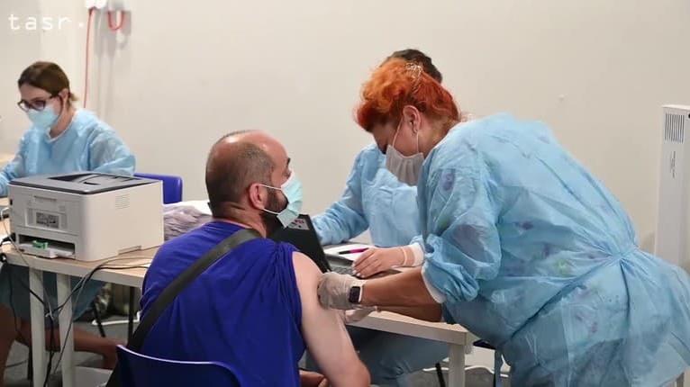Ako v realite pomáha vakcinácia? Odborníci s odstupom času analyzovali vzorky krvi