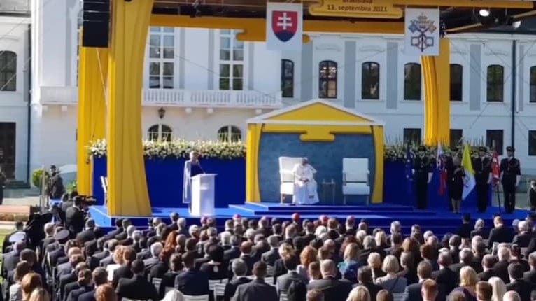 Silný prihovor Čaputovej počas návštevy pápeža: Jediný spôsob, ako zvládnuť krízy, spočíva v tomto