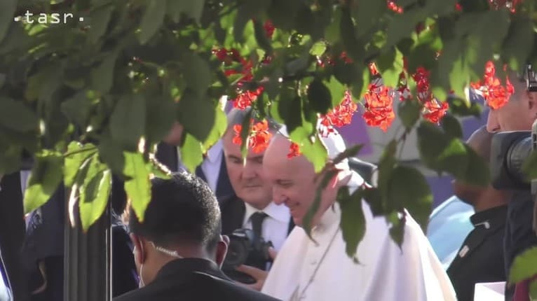 Pápež na stretnutí s predstaviteľmi židovskej komunity: Tu bolo Božie meno zneuctené