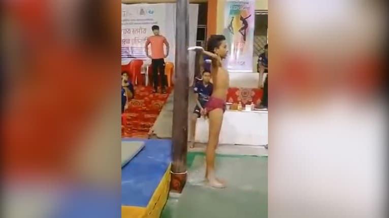 Mladý chlapec z Indie sa narodil s obrovským talentom: Čo dokáže je neuveriteľné