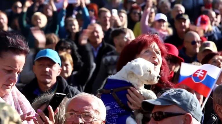 Protivládny protest Smeru: Takto to vyzeralo v Rimavskej Sobote